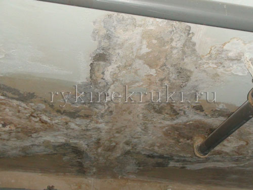 протечка потолка