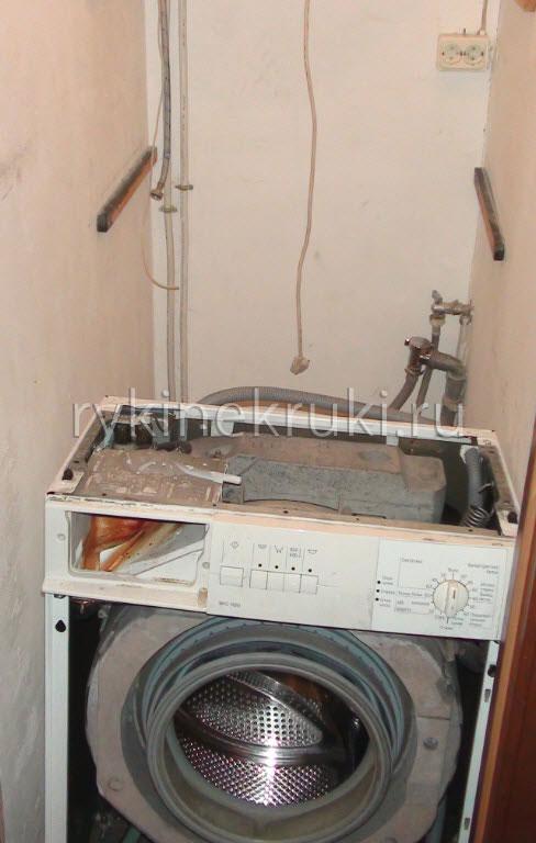 как вытащить стиральную машину из ванны