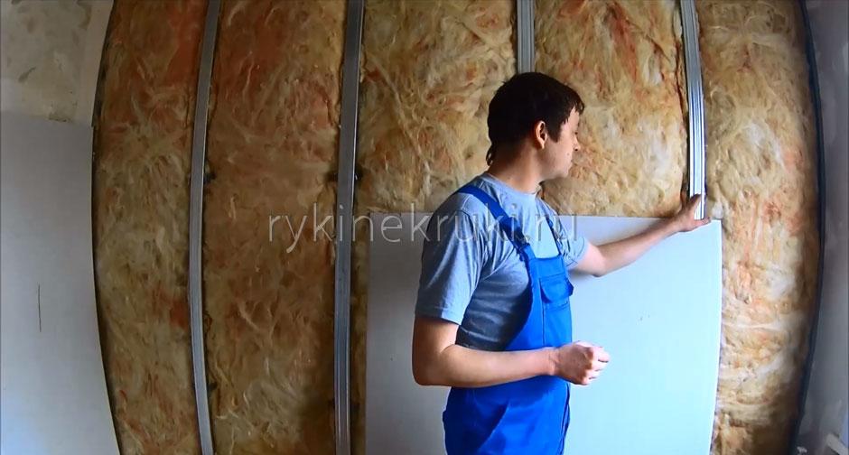 какой стороной крепить гипсокартон к стене