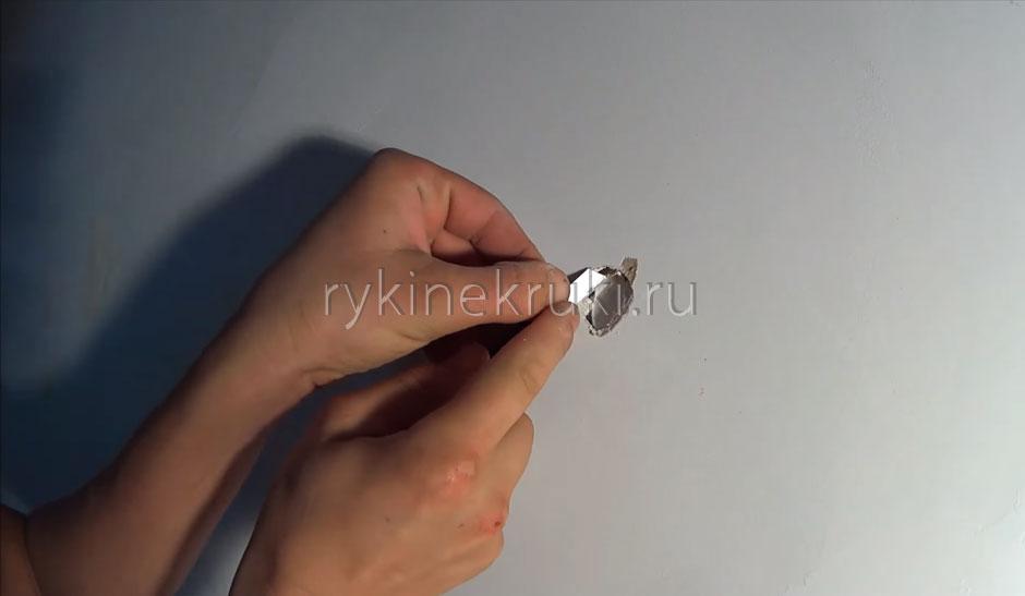 как заделать дыру в гипроке